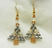 Superduo Christmas Tree Earrings Beadwork Pattern